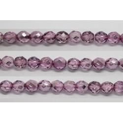 60 perles verre facettes fuschia demi metalise 4mm