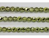 60 perles verre facettes olivine demi metalise 4mm