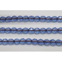 30 perles verre facettes saphir trou cuivre 6mm