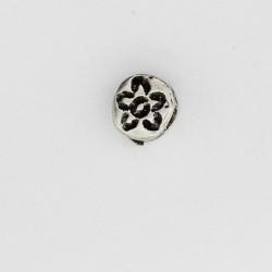 50 perles plates metal argenté antique 7x6x4mm