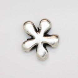 25 fleurs metal argenté antique 14.5x4mm